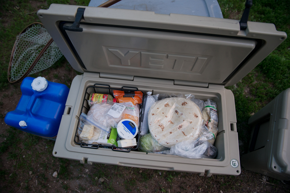 food cooler, hunting, yeti coolers, tundra