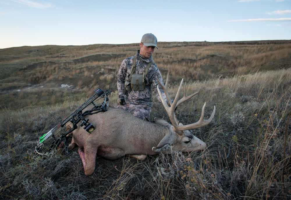 The Crags mule deer, mule deer unit, best mule deer unit, MT public land buck, montana wild, sitka gear, bear archery agenda 7
