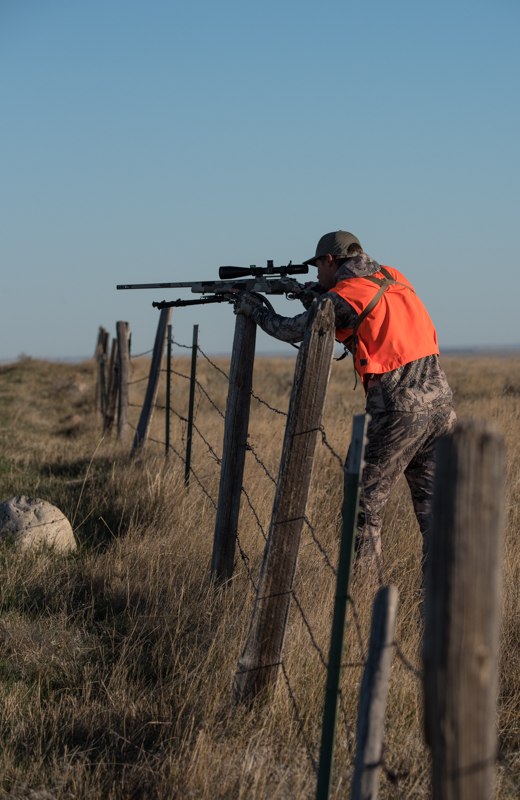fence post rifle rest, shooting off a fence post, rifle rest, snowy mountain rifles, custom rifles, 6xc